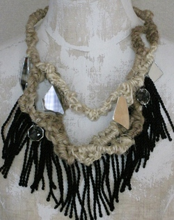 Fringe Necklace 01.jpg