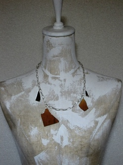 Mirror Necklace 03.jpg